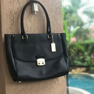 NEW Coach Avary Tote (Black)
